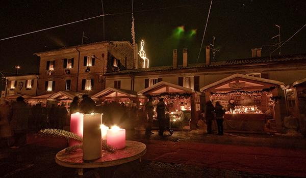 mercatino natalizio candelara
